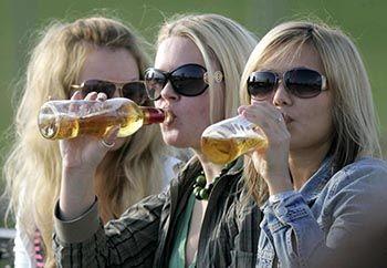 Приховані причини і мотиви дитячого алкоголізму: звідки ростуть