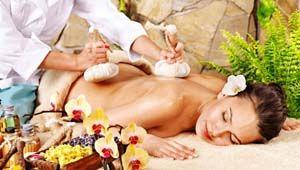 Тайський масаж трав`яними мішечками