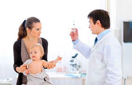 Вакцинація дитини: розмова з фахівцем