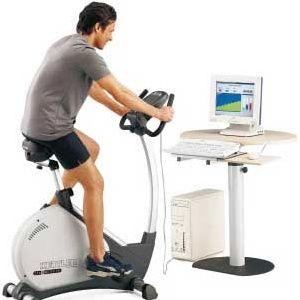 Заняття на велотренажері для схуднення